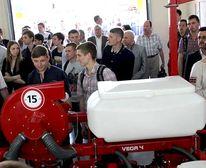 Український виробник сільгосптехніки відкрив лабораторію в Університеті біоресурсів і природокористування