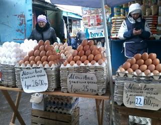 У Полтаві курка коштує, як свинина, а яйця подешевшали
