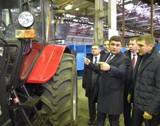 Кабмін хоче відновити виробництво тракторів в Україні, компенсувати до 30% вартості
