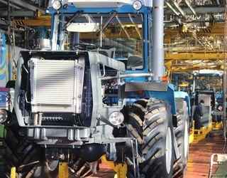 До кінця березня з конвеєра ХТЗ зійдуть 210 тракторів