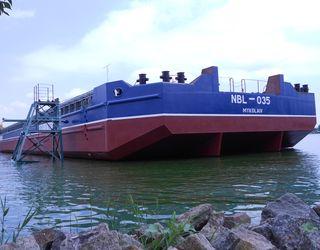 «НІБУЛОН» спустив на воду сьоме несамохідне судно проекту В2000