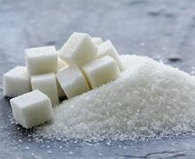 У новому сезоні експорт цукру з України відстає в 2,4 рази