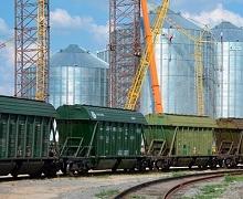 Зернові перевезення залізницею у січні-лютому впали на 12%