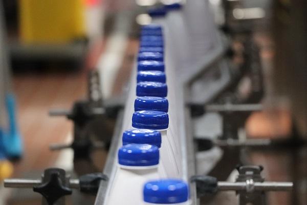 За чотири місяці виробництво молока скоротилося на 1,1%