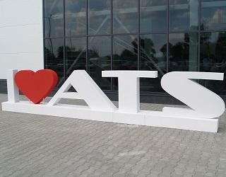 На Київщині відкрили сучасний сервісний центр для імпортної сільгосптехніки