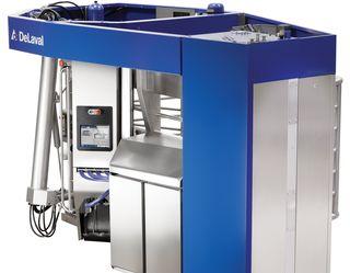 Новий робот-дояр «ДеЛаваль» може доїти понад 3,5 тис. л молока на день