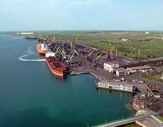 Порт «Южний» зменшив переваження зерна на 32%