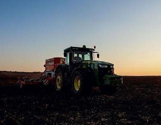 Сівбу ранніх зернових розпочали сім областей України