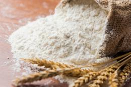 Вітчизняні борошномели закликають владу тимчасово обмежити експорт зерна, аби запобігти здорожчанню хліба