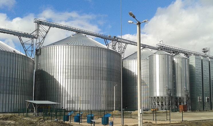 Елеватор «Агрейн» прийняв перші 10 тис. тонн ріпаку нового врожаю