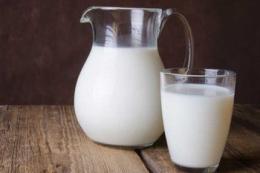 Середньозважена ціна на молоко цього року може сягнути 12,87 грн/кг