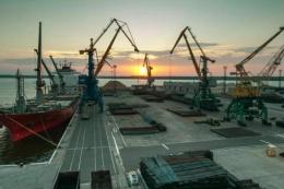 Порти «великої Одеси» скоротили перевалку зерна на експорт на 2 млн тонн