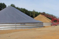 Металеві збірні бункери дозволяють зберігати зерно недорого і оперативно