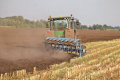 Учені рекомендують у Степовій зоні диференціювати обробіток ґрунту