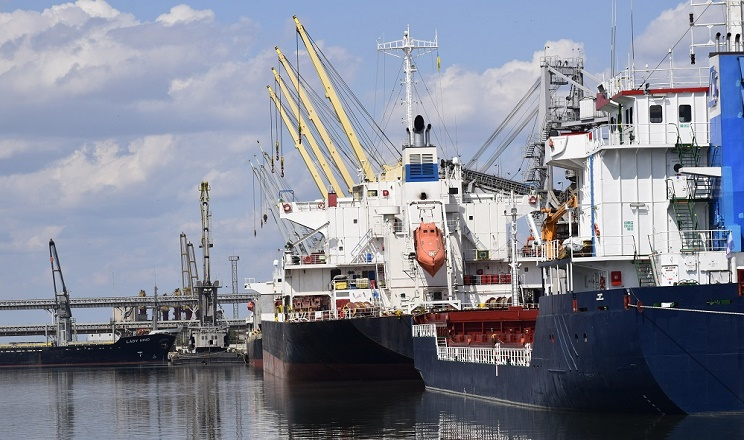 «Ніка-Тера» у липні вдвічі збільшила перевалювання вантажів