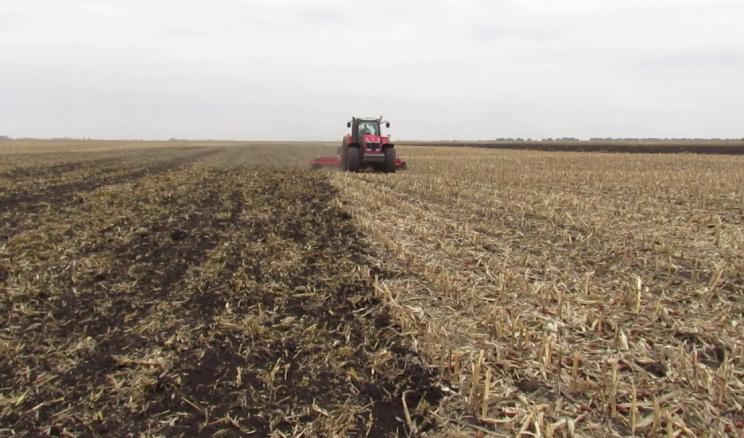 У степових умовах одного лущення стерні після збору зернових недостатньо