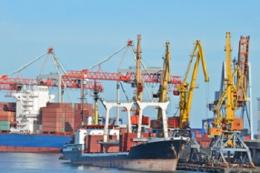 В акваторіях порту Ольвія та на ХМК розпочали днопоглиблювання