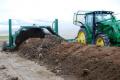 Постійна аерація компостованої суміші зменшує процес компостування до 2-3 місяців