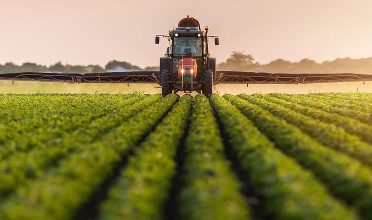 В Україні запровадять електронну реєстрацію пестицидів і агрохімікатів