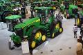 Компанія John Deere презентувала 4-гусеничну модель трактора 8 RX