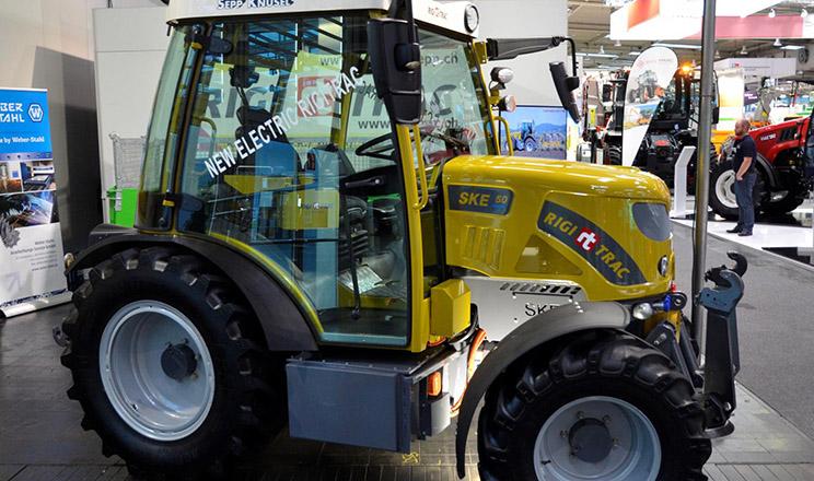 Rigitrac показав повністю електричний трактор