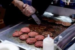 Бразилія долучилася до модного тренду і почала виробляти м'ясо рослинного походження