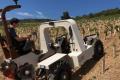 Садовий трактор працює від акумуляторів 8 годин