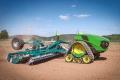 John Deere робить ставку на електричні трактори