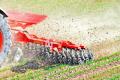 В «Агроекології» знищують бур'яни у посівах ранніх зернових культур без «хімії»