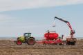 «Агротрейд» розпочав посівну соняшника та кукурудзи