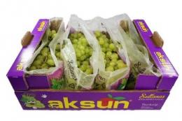 Турецький виноград планують возити літаками