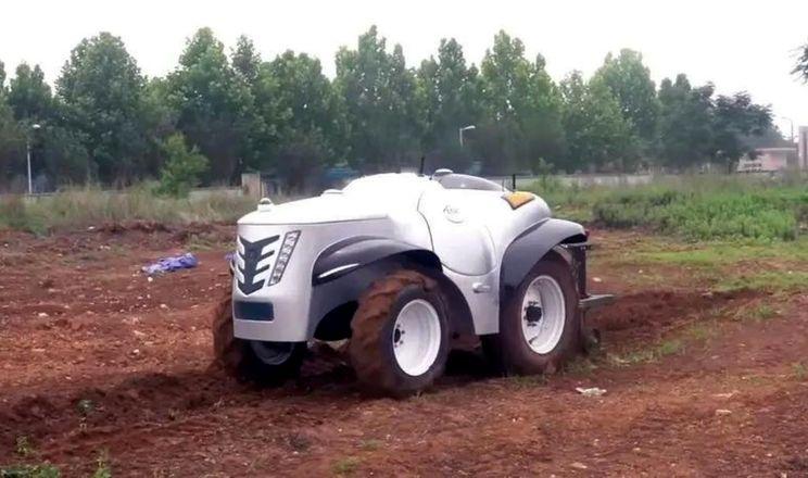 Стали відомі подробиці про китайський безпілотний водневий трактор