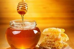 В Україні дорожчатиме мед через його дефіцит, - експерт