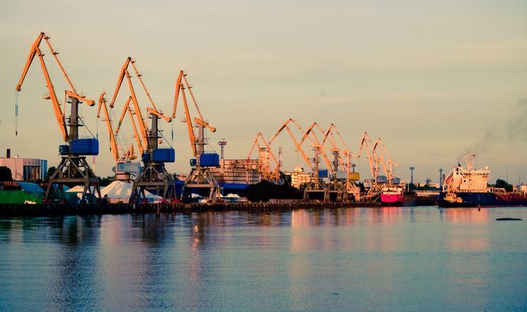 В морпорту Чорноморськ досягли рекордного показника вантажопереробки за добу