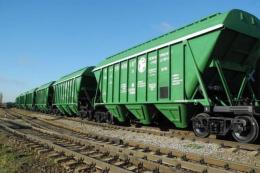 Обсяги перевезення зерна залізницею за вісім місяців скоротилися на 15%