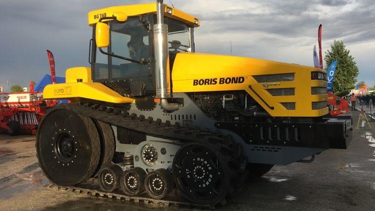 У Кропивницькому показали гусеничну версію вітчизняного надпотужного трактора Boris Bond