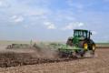 Обробіток ґрунту під озимі культури та ярі має відмінності