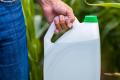 Швейцарці не підтримали повну заборону пестицидів на референдумі