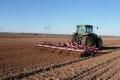 Як провести передпосівну культивацію, щоб зберегти ґрунтову вологу