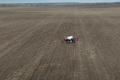 «Кусто Агро» вносить ґрунтовий досходовий гербіцид дроном