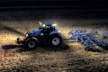 Із трактором New Holland T8 GENESIS зручно працювати навіть уночі
