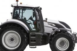 Новий трактор Valtra Т255 має надсучасну зручну систему керування