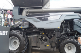 На АГРО-2021 представили вдосконалений зернозбиральний комбайн Fendt IDEAL 8