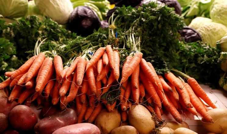 Уже почали дорожчати овочі борщового набору