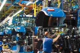 CNH Industrial зупинила роботу своїх заводів у Європі